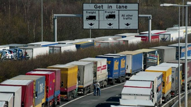No-deal Brexit: Disruption at Dover 'could last six months'