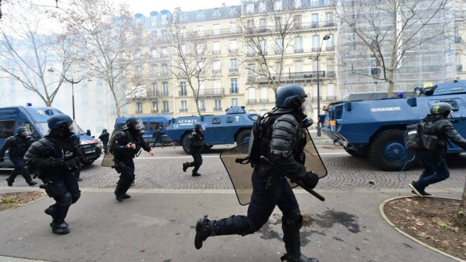 EU Army Deployed To Paris To Crush French Revolution