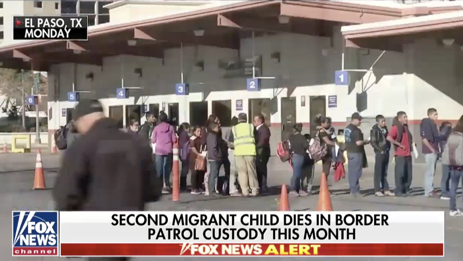 Hundreds of illegal immigrants set free in Texas and New Mexico amid influx from Central America