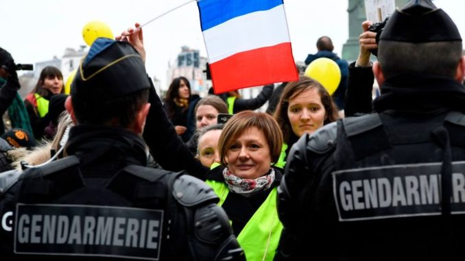 "French Politician Orders Police to ""Shoot and Kill"" Anti-Globalist Protestors"