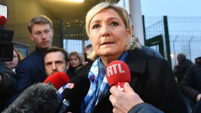 Marine Le Pen Facing 3-Year Prison Term Over Anti-ISIS Tweets