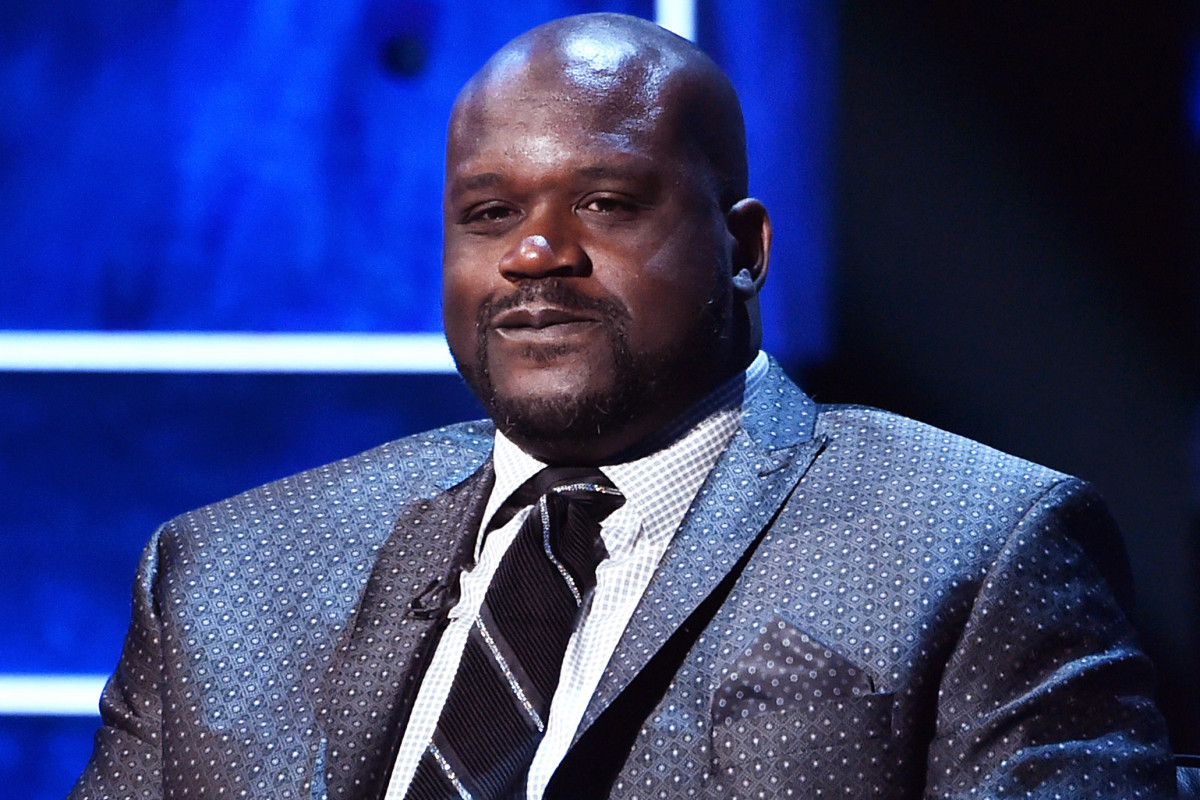 Shaquille O'Neal reacts to Magic Johnson quitting on the Lakers