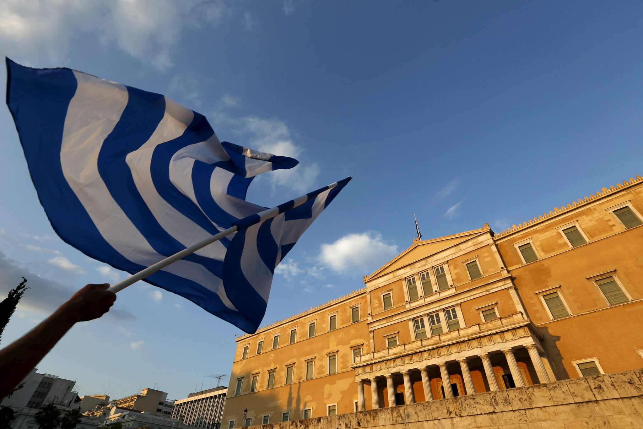 Greece Mulls Early IMF Repayment as Aid Tranche Nears