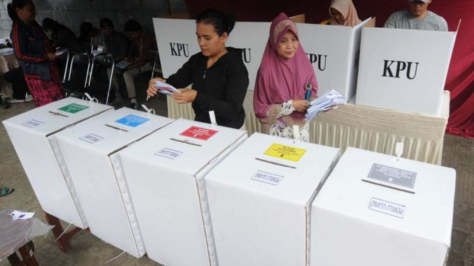 Over 270 Election Staff Die Whilst Counting Votes in Indonesia