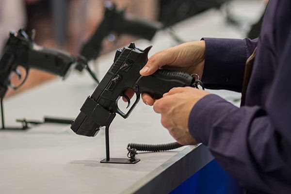 Florida teachers can arm themselves under new gun bill