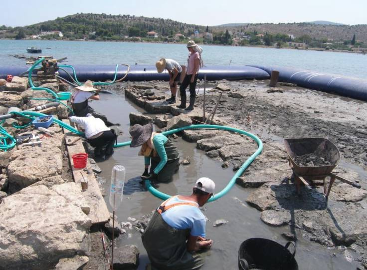 ANCIENT GREECE: UNDERWATER ARCHAEOLOGISTS DISCOVER MONUMENTAL STRUCTURE FROM SITE OF PRE-BIBLICAL BATTLE