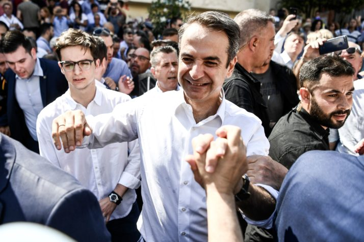 Conservatives seize power from Tsipras in Greek election