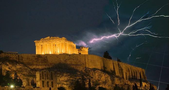 MORE THAN 3,000 LIGHTENING STRIKES WERE RECORDED GREECE ON AUGUST 15