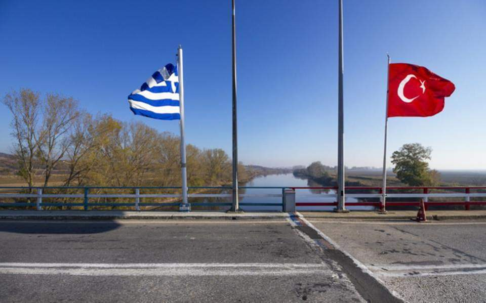 Alert in Greece over Turkey deportations of European citizens connected with terrorists