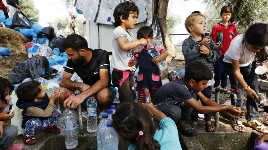 EU: Greece must urgently transfer asylum seekers from the Aegean islands and improve living conditions in reception facilities
