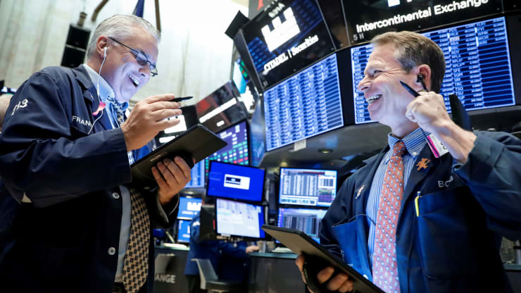 Stocks rise for a fourth straight day, hit record highs