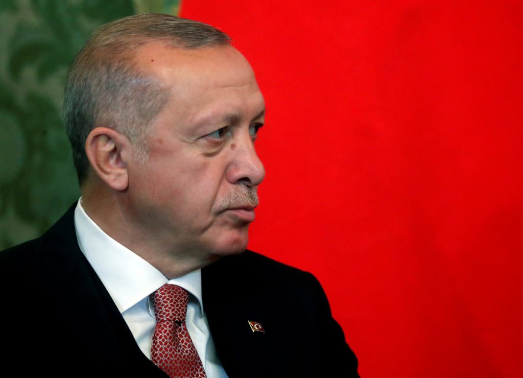 Erdogan: Greece will pay the price internationally for expelling Libyan envoy