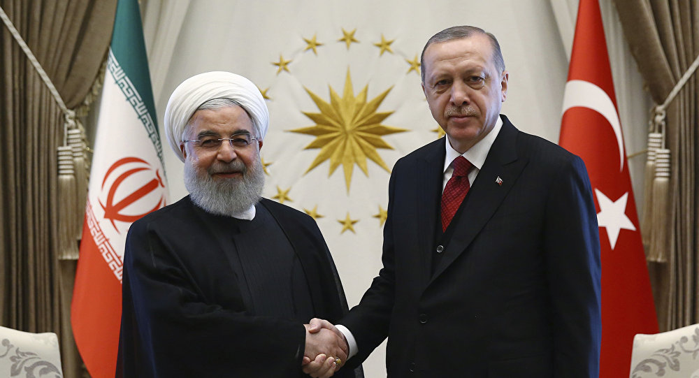 Iranian President Calls on Turkish Counterpart to Jointly Oppose US 'Defiant' Actions