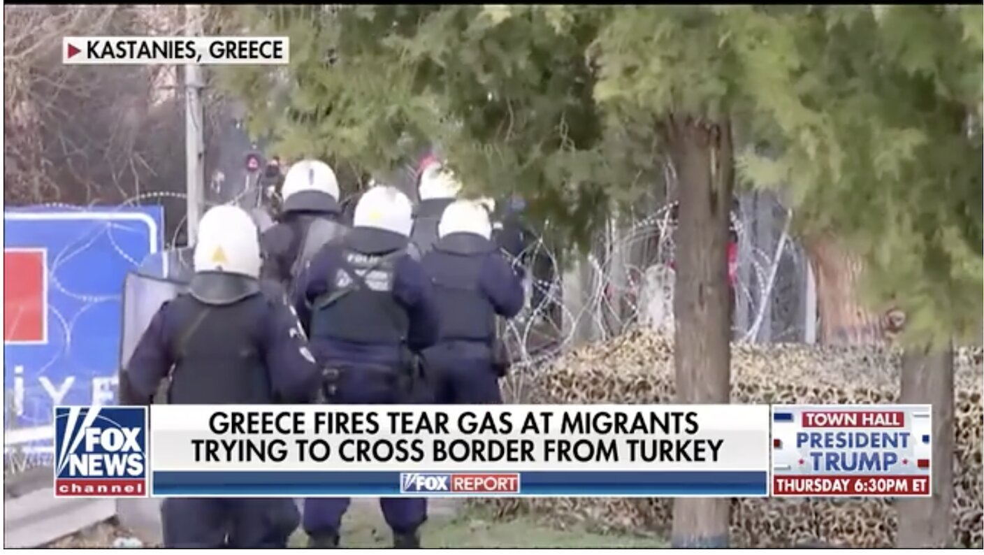 Greece's Lesbos island migrant center set ablaze, thousands of Syrian refugees arrive after Turkey opens borders