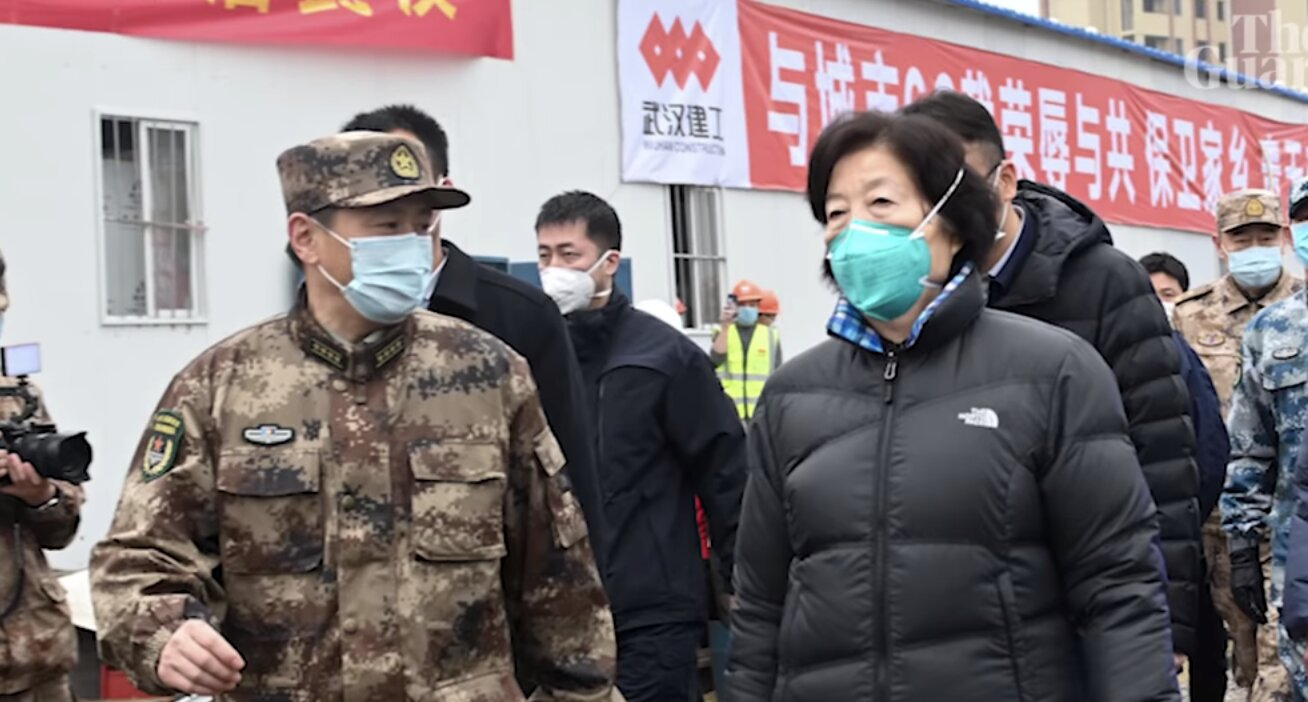 """""""Coronavirus"""": 'It's all fake!': Chinese official heckled by residents on visit to Wuhan"""