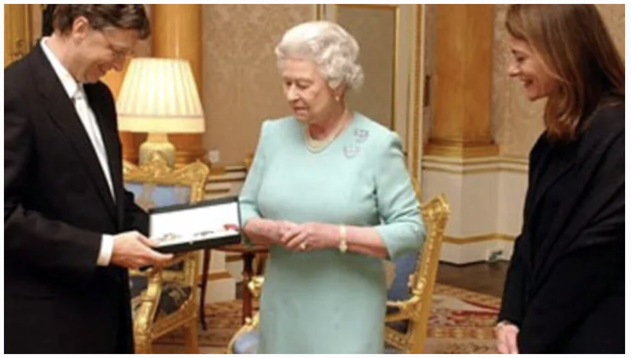 Queen Awarded Bill Gates An Honorary Knighthood In 2015