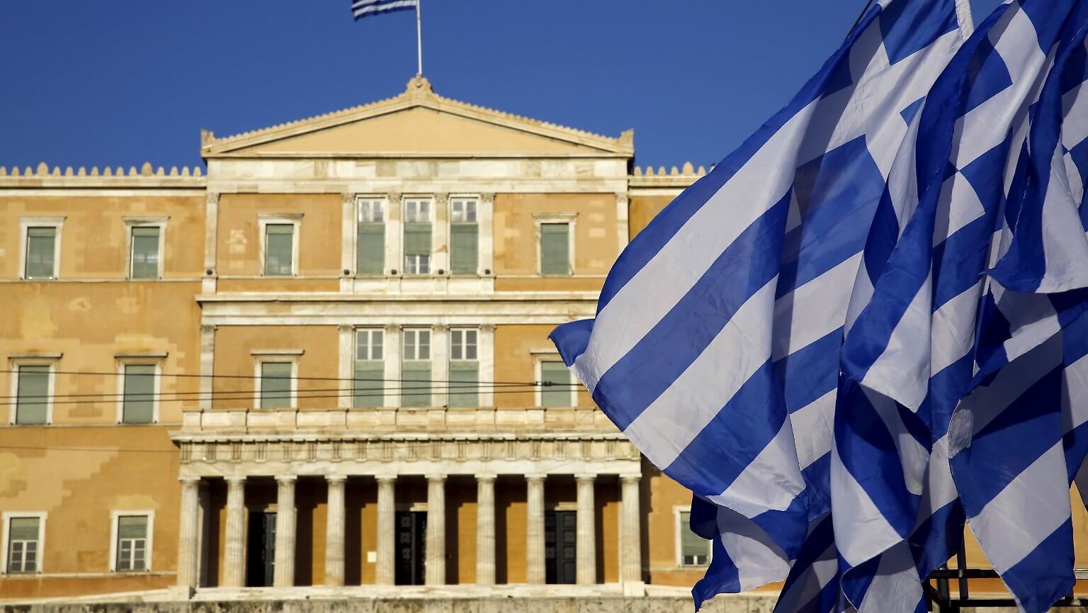 Greece to Open Its Borders for Tourists from 29 Countries as of June 15
