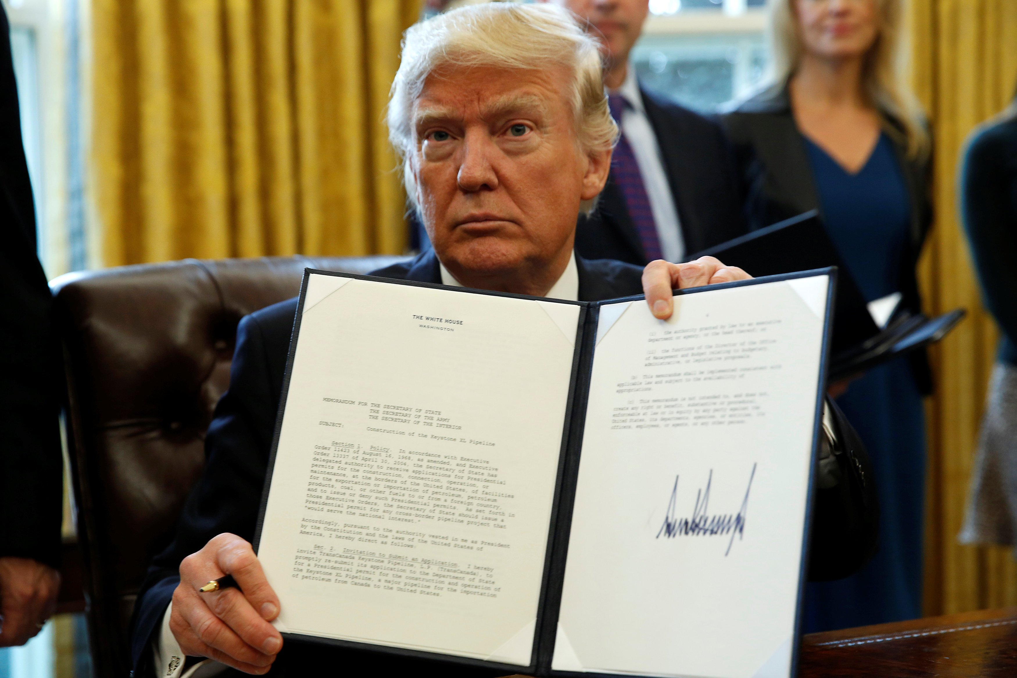BREAKING: Trump signs executive order to protect American monuments, memorials and statues