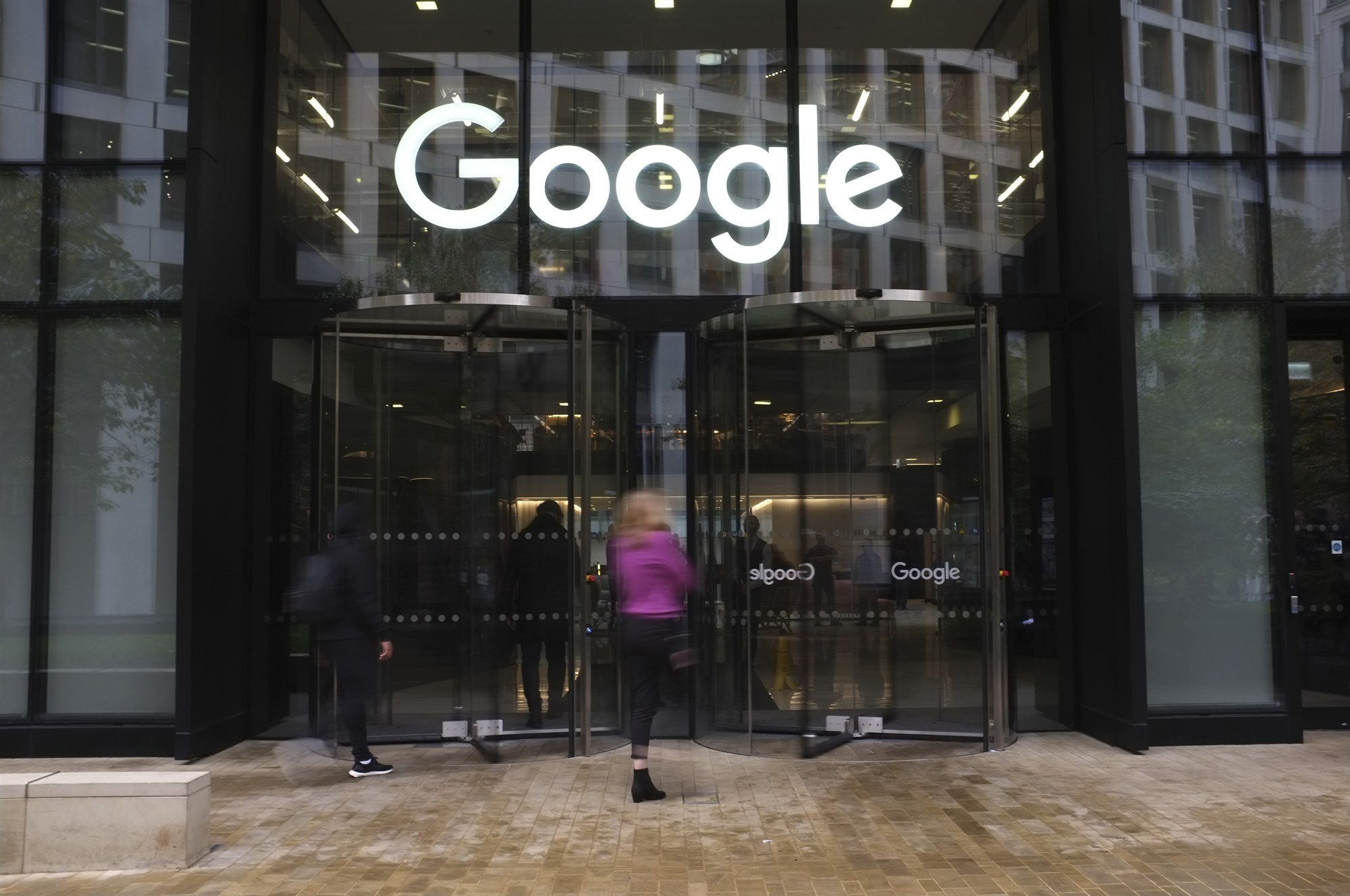 EVIL Google bans website ZeroHedge from its ad platform over comments on protest articles