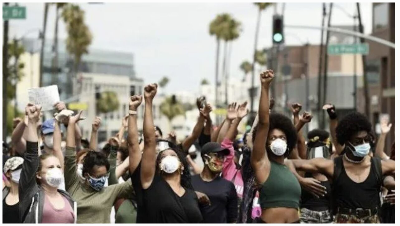 """BLM Protestors Invade Beverly Hills: """"EAT THE RICH!"""""""