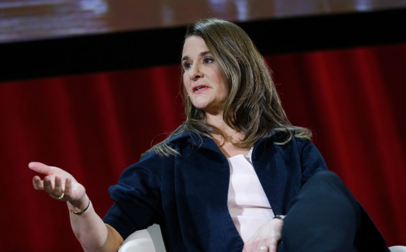 Melinda Gates wants BLACK PEOPLE to be among the first to get…VACCINATED for the FAKE Coronavirus
