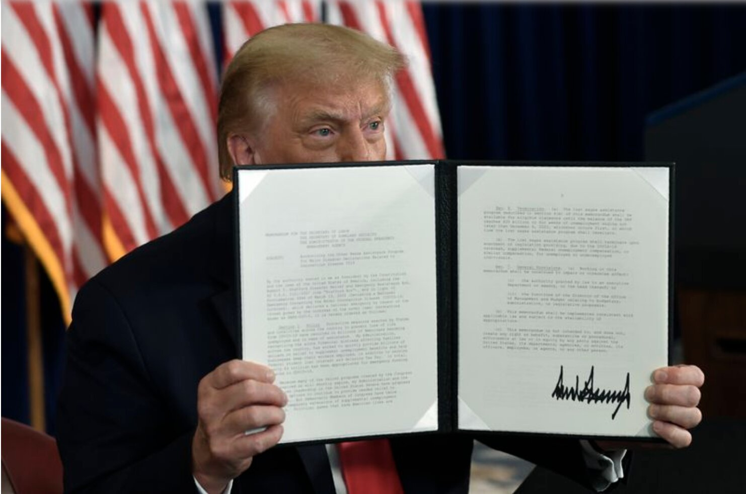 Trump signs executive orders after stimulus talks break down on Capitol Hill