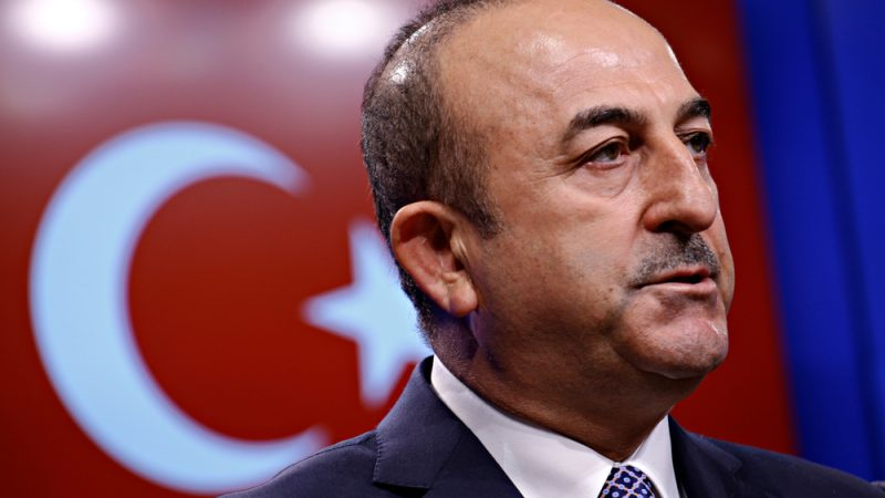 Turkey defies EU ultimatum, threatens with war