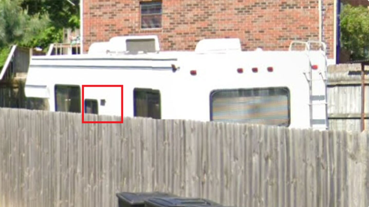 """It's Not the Same RV! Official Narrative of Nashville """"Suicide Bomber"""" Collapses as RV Supposedly Used in Bombing Found to Have Different Stripe Accents"""