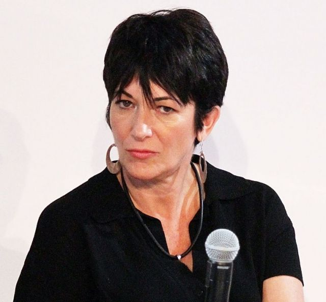 Whoa! Ghislaine Maxwell Admitted Clinton & Trump Are On Epstein's Tapes!