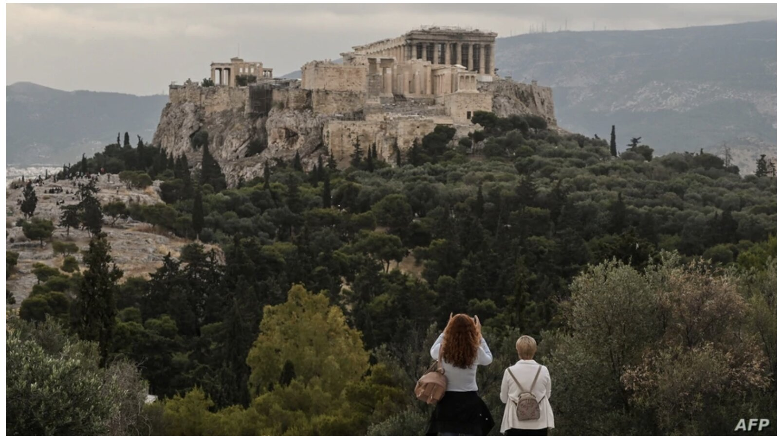 Greece Planning to Reopen for Travel by June