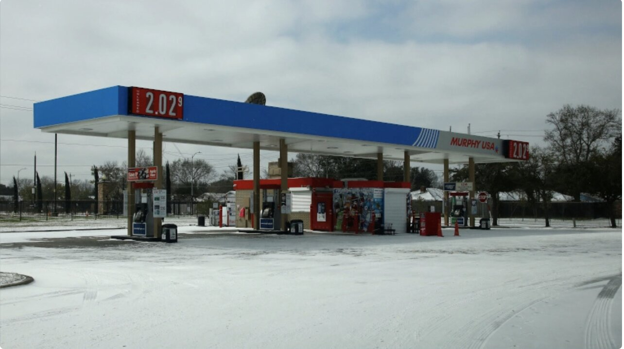 Crude Prices Soar as US Oil, Gas Industry Disrupted by Arctic Blast