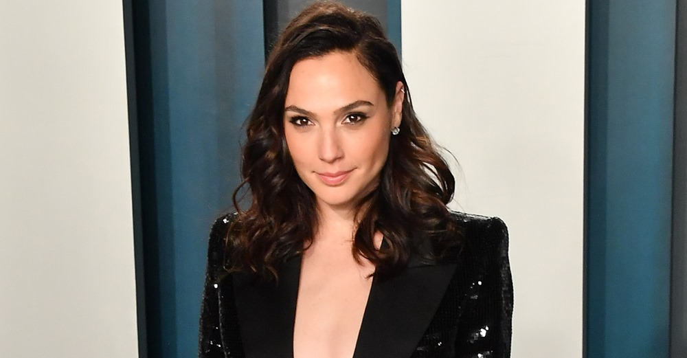 Social media users accused the 'Wonder Woman' star of being a 'propaganda' tool for Israel