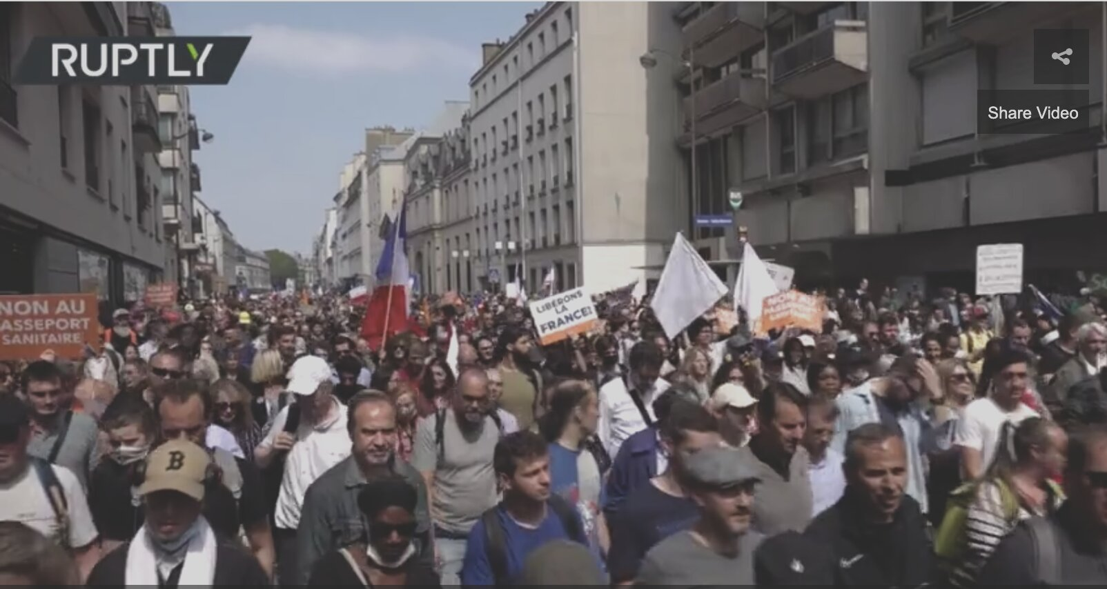 Over ONE HUNDRED THOUSAND rally against 'Covid-19 tyranny' in France, protesting immunity passports & vaccination mandate (VIDEO)