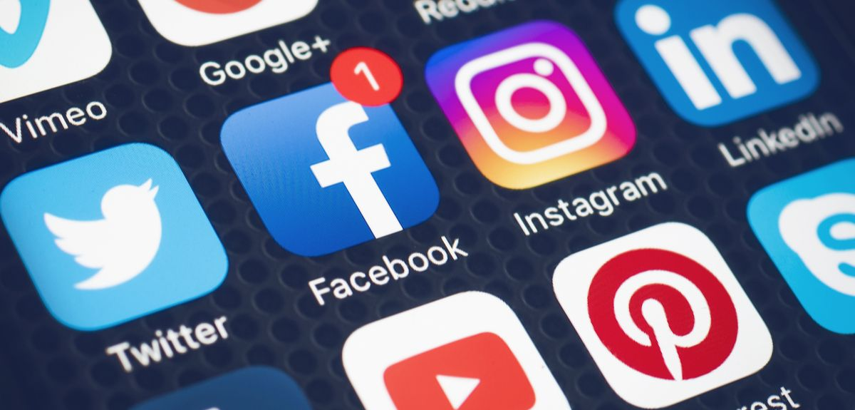 FACEBOOK, INSTAGRAM AND WHATSAPP ALL GO DOWN IN MAJOR OUTAGE